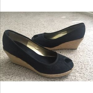 Pre-Owned Gap Black wedge Women Shoes Size 8.
